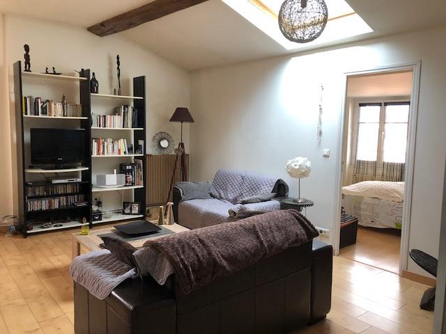 vente centre clermont. Black Bedroom Furniture Sets. Home Design Ideas