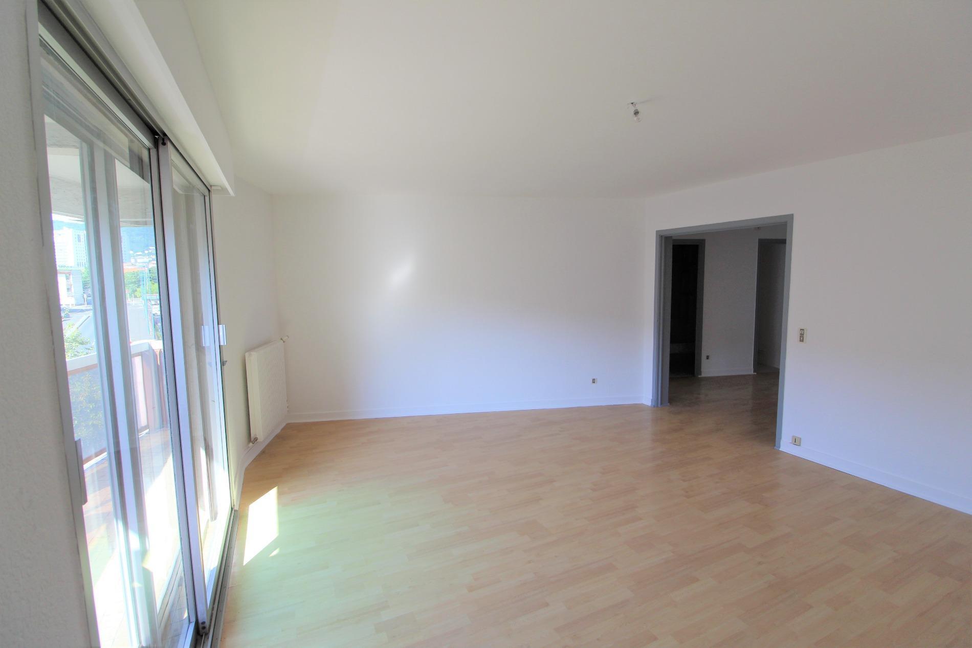 vente immo s lect 63. Black Bedroom Furniture Sets. Home Design Ideas